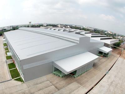新工場建物・外観