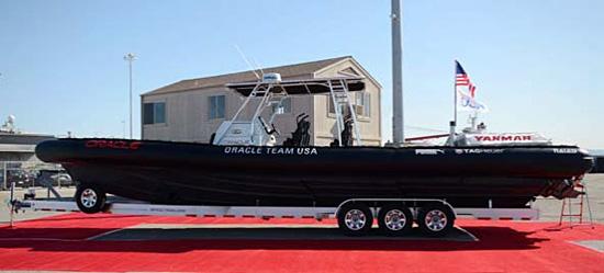 オラクルチームUSA伴走艇「Chase Boat YANMAR2」